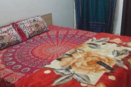 NEAR LAKE ROOMS +FREE WI-FI - Pushkar - Bed & Breakfast