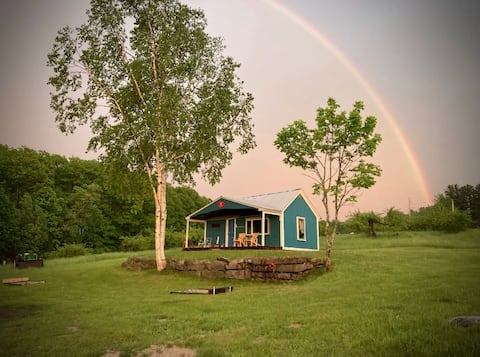 Vibrant Mt View Orchard Cottage