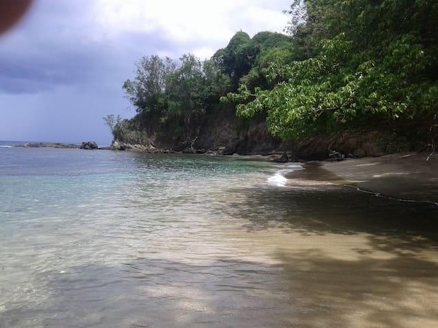 Tobago villa by sea - Arnos Vale - Casa