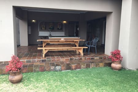 Golfview Guesthouse Secunda