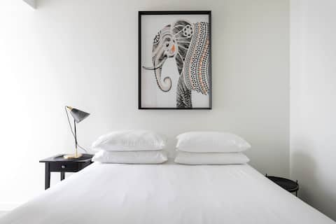 Chic Brand New Apartment in Balaclava