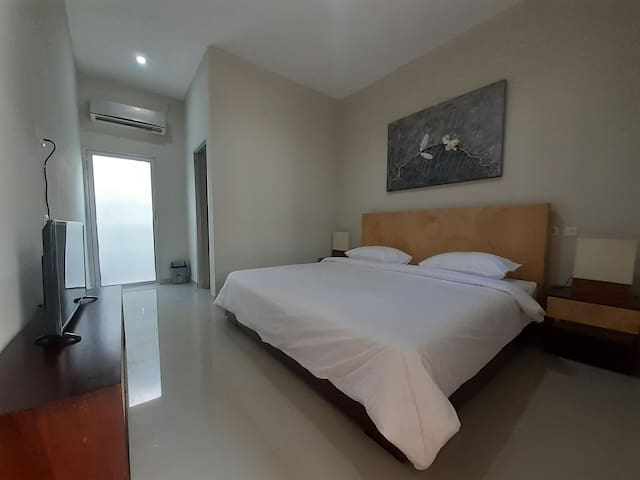 Superior Double Room-Wisnu Residence