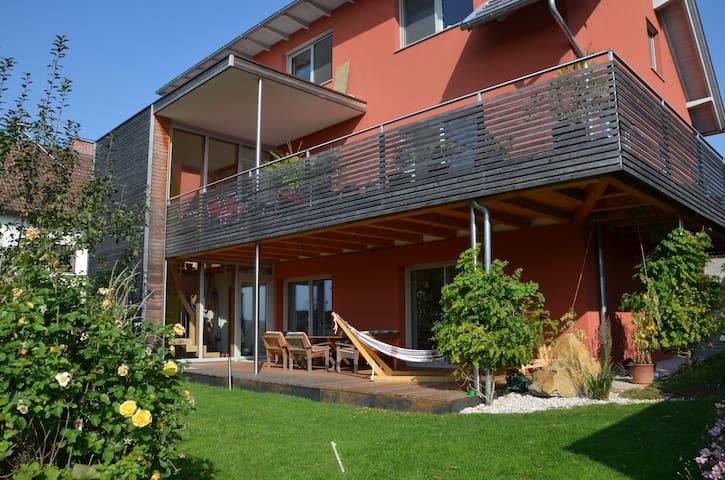 Haus mit Garten&Balkon / House with garden/balcony - Steinhaus bei Wels - House