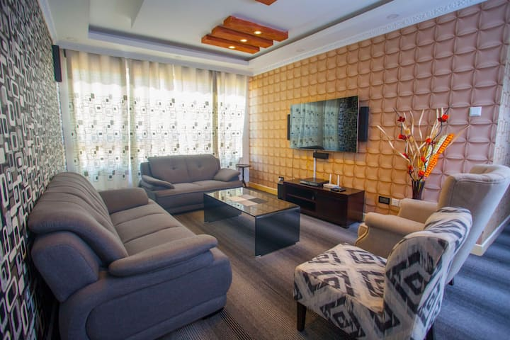 GOODLIFE HOMES, 3BEDROOMS, ALL SERVICED APARTMENT