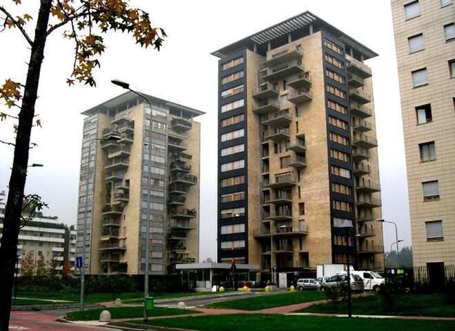 Charming flat in Bocconi - Milano - Apartment