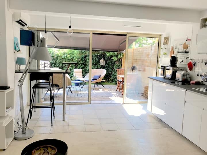 Sainte Maxime: studio rez de jardin