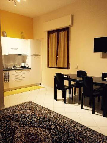 Piccolo appartamento ben arredato