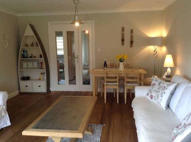 Cosy Apartment next to Beadnell Bay Beach