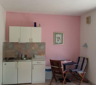 Apartman Lana - Sveta Nedilja - Daire