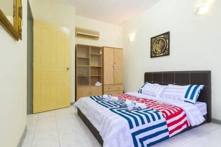 Gurney Drive Marina Bay Suite - Apartmen