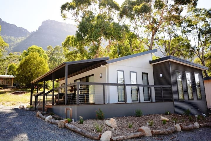 Grampians Hillside Retreat - Halls Gap - House
