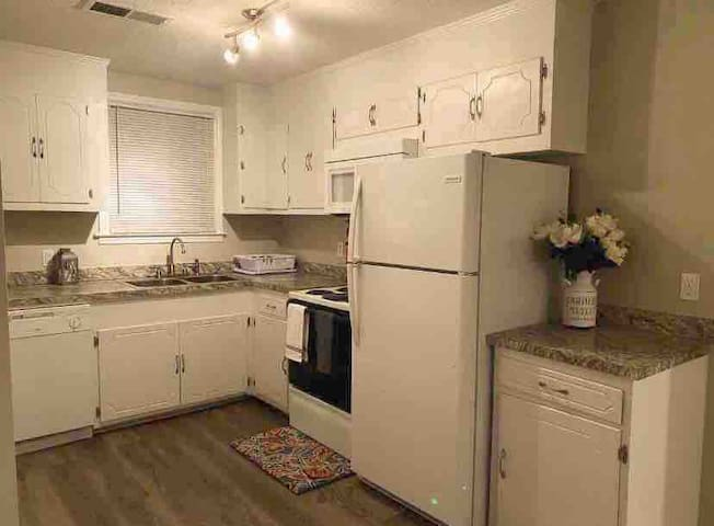 Safe Haven Near Hospitals/Downtown/Fort Jackson