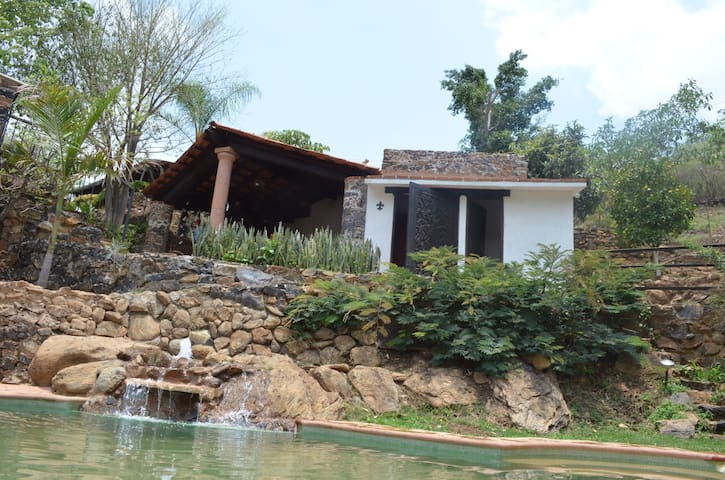 QUINTO SOL AMATLAN, WAXAC - Amatlán de Quetzalcóatl - Houten huisje