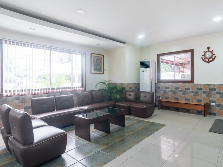 1 BR Stay@ CounTess Pension House