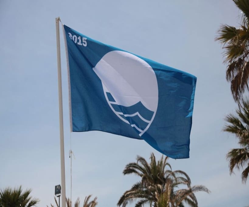 Blue Flag awarded beach.
