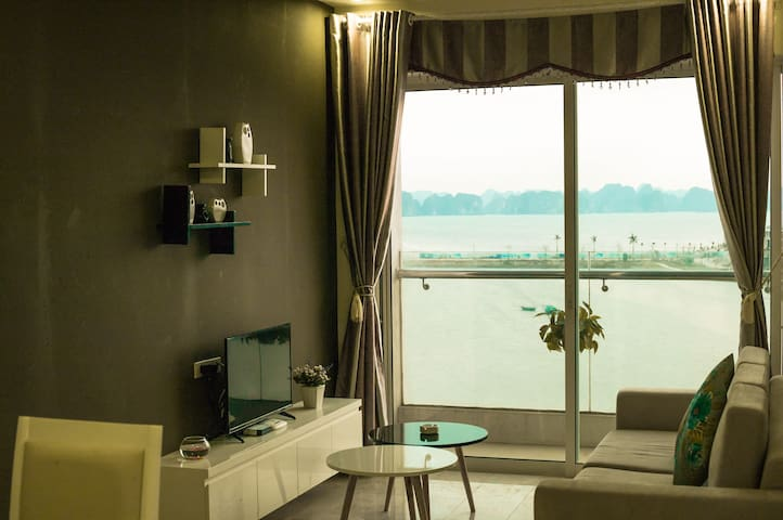 Greenbay Apartment with Sea view - Hạ Long - Apartmen