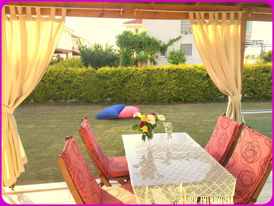 romantic villa details