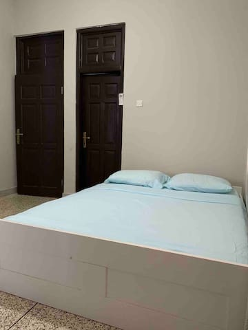 Bedroom 1: The sleeping arrangement can be customized as follows: (1) Two single beds, or (2) One queen size bed + One single bed, or (3) One queen size bed Please indicate the option you would like when you complete your reservation.