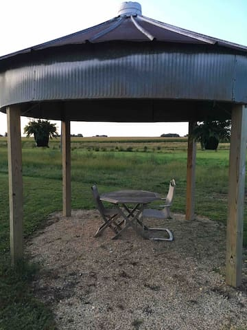 """Binzebo"" to sit and enjoy the Iowa country"