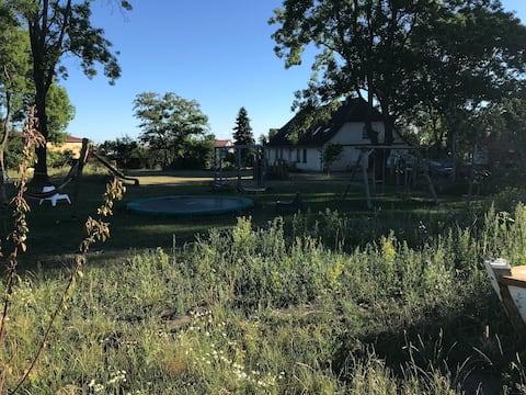 Ferien im Bauernhaus mit großem Garten ,Spielplatz