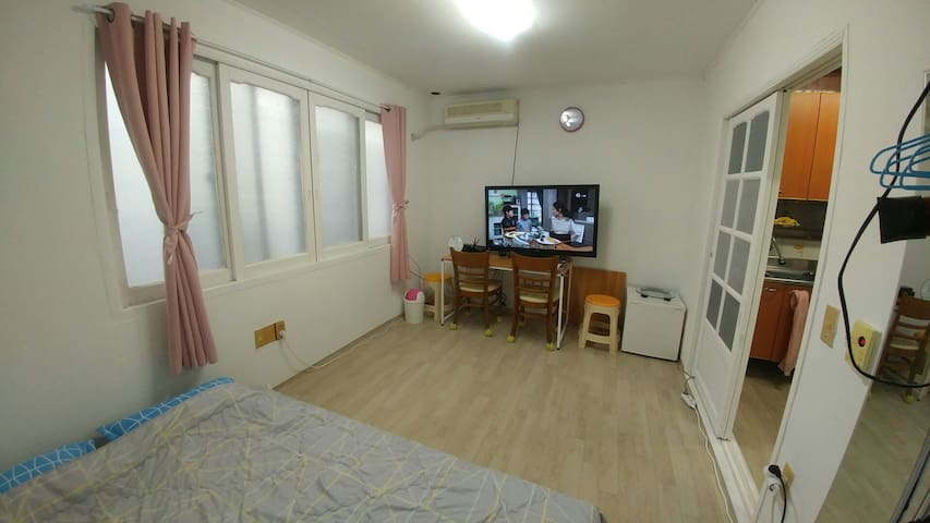 whole house w/ privacy,near subway,cheap but hotel - Haeundae-gu - Wohnung