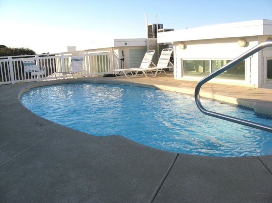 Take a Dip in the Roof Top Pool 3` Depth