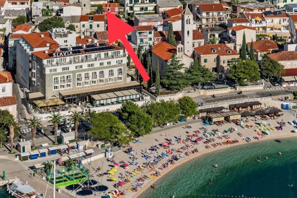 Location ( behind hotel Slavia) 50 m from central beach
