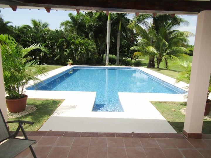 Spacious 5 bedrooms luxury villa