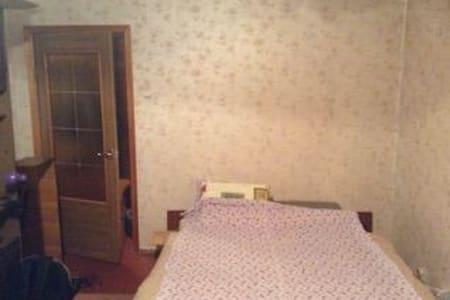 Кровати в квартире - Kiev