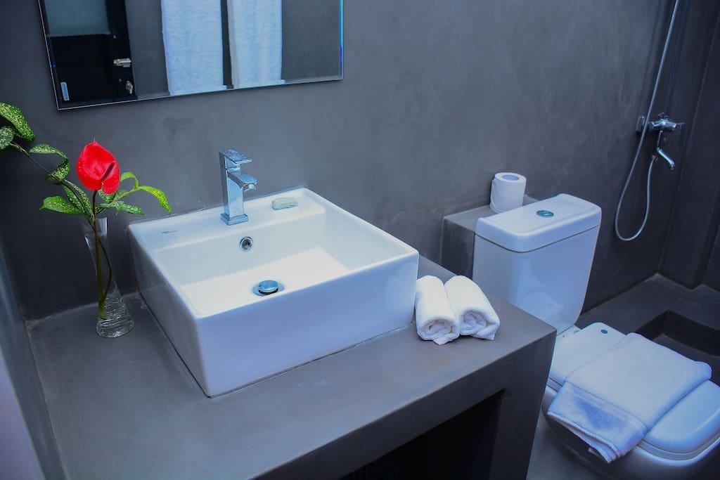 Clean wash room
