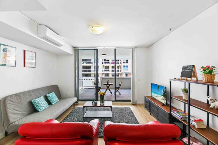 Lovely Apt Close to Westfield Hornsby & Train Stn