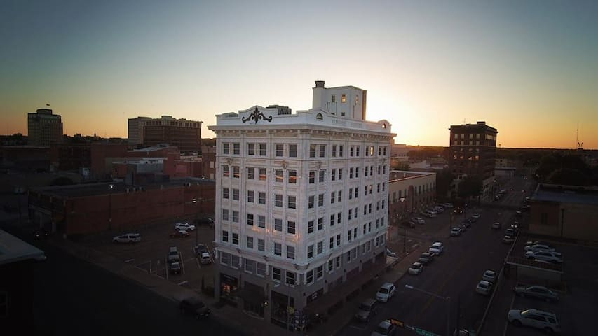 Downtown Waco Loft with Amazing Views! - Waco - Çatı Katı
