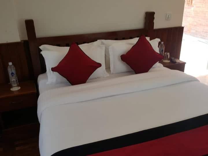 Deluxe King Room - Eco Home Kathmandu