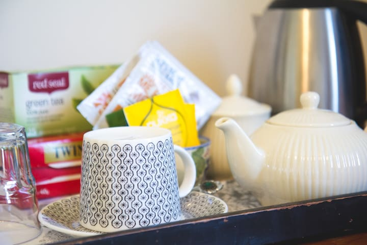 Tea and Coffee in rooms