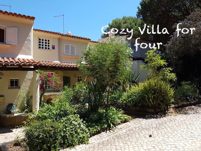 Cozy Villa for four - Cascais - Casa