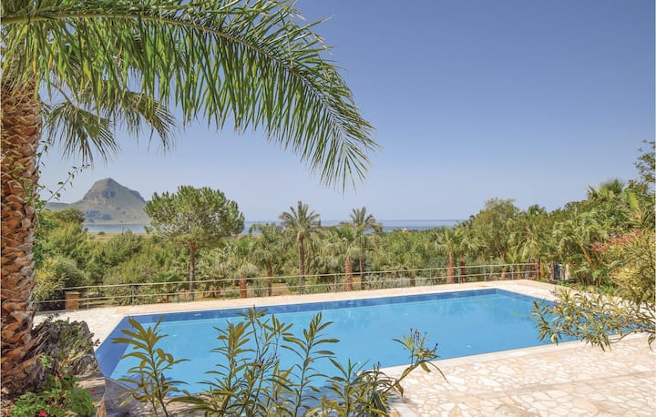 Stunning home in Makari-S. Vito Lo Capo with Outdoor swimming pool, Outdoor swimming pool and 2 Bedrooms