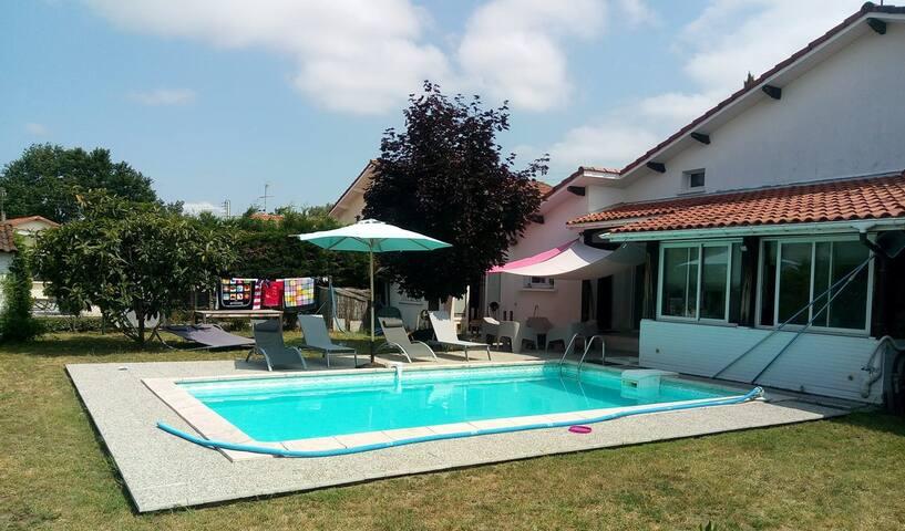 Chez Valou & Mika - Chambre bleue
