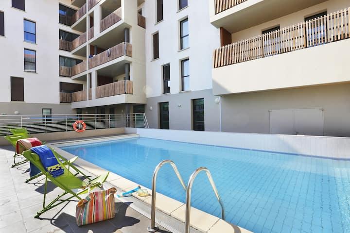 Appart cosy et sympa 8p avec balcon, à 50m de la plage !
