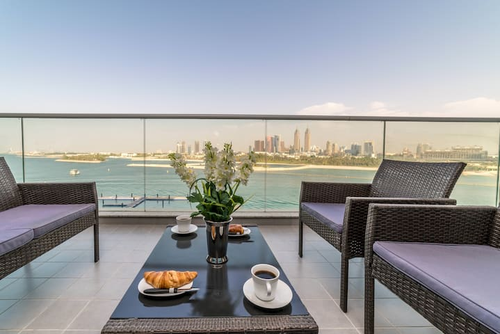 Sea View one Bedroom Holiday Home in Palm Jumeirah