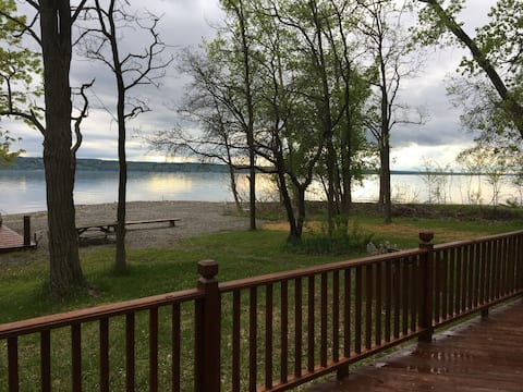 Poplar Cottage on Atwater- Cayuga East Shore