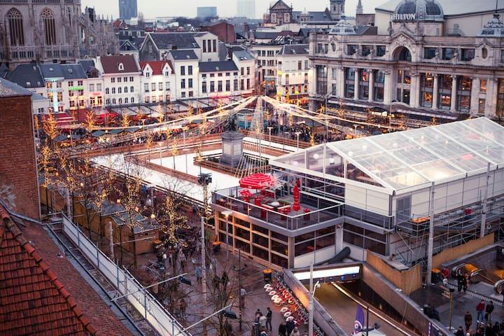 Luxe PENTHOUSE — the Heart of Antwerp 2p-4p - Antwerpen - Condominio