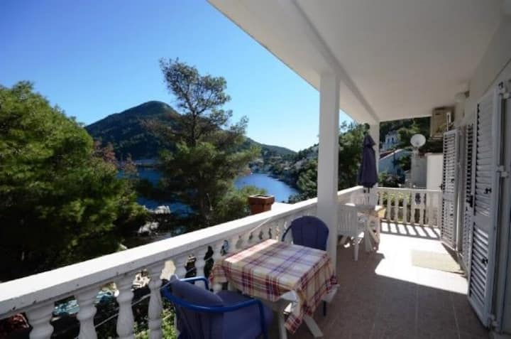 One bedroom Apartment, seaside in Sobra - island Mljet, Balcony