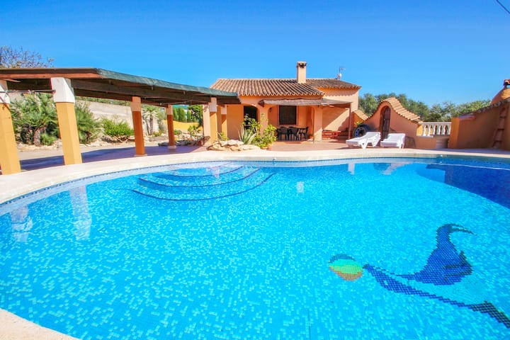 Pineda - modern, well-equipped villa with private pool in Costa Blanca