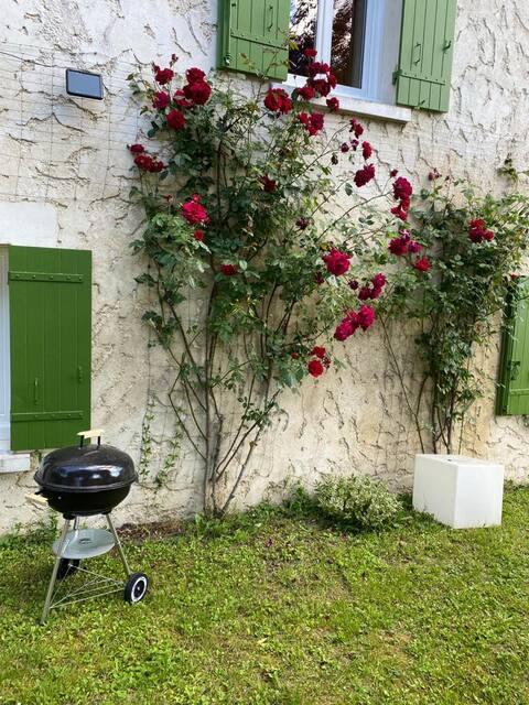 Cottage a Saint Martial Viveyrol