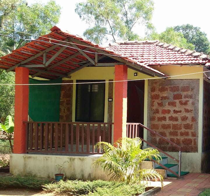 Beach Way Homestay (Cottage 2)