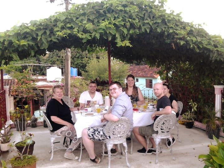 Hostal Viñales, B&B+wifi+free mojito.