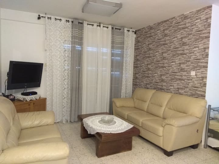 DORIN APARTMENT Close to the beach