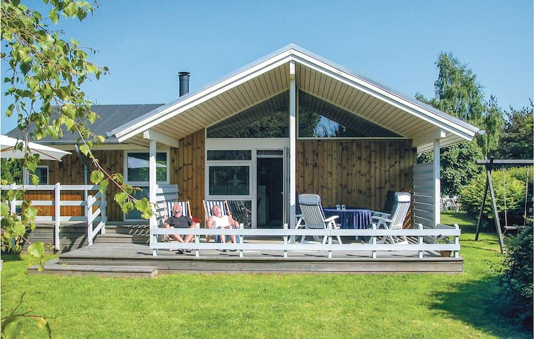 Holiday cottage with 3 bedrooms on 76m² in Otterup