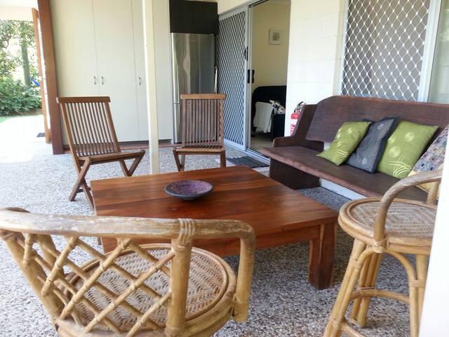 """Tranquila"" s/c unit on bush acreage with pool - Ilkley - Bed & Breakfast"
