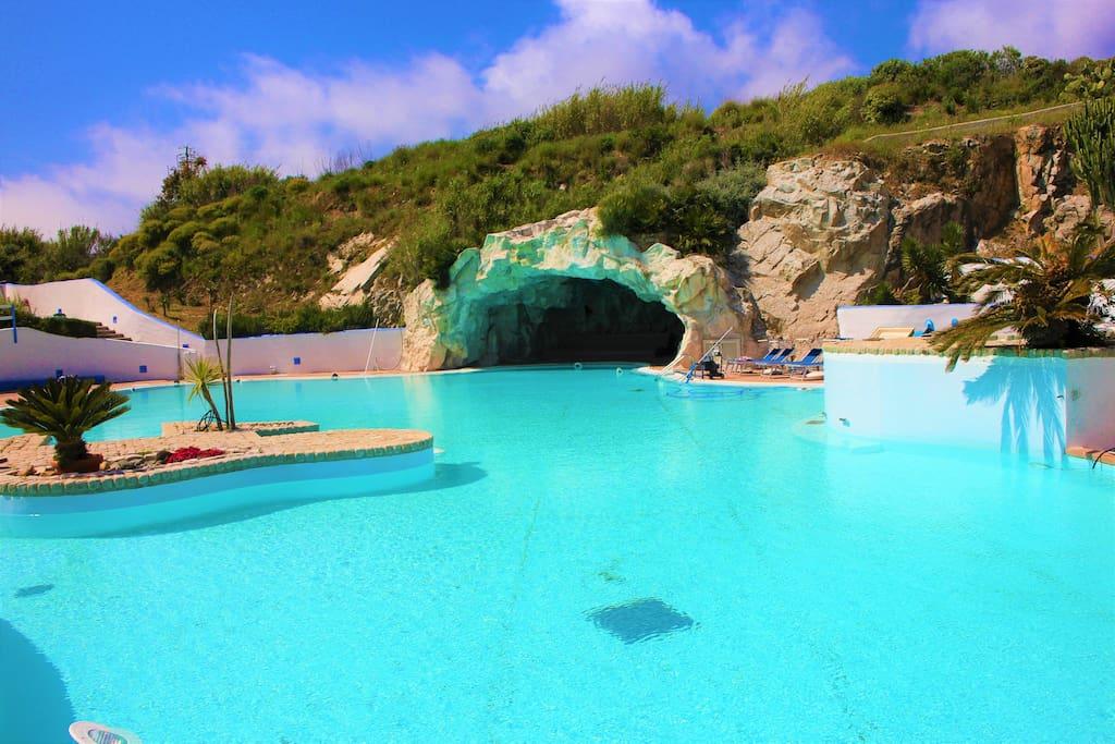Murena b 4 2 giardino piscina by klabhouse appartamenti for Piscina santa teresa colmenar viejo